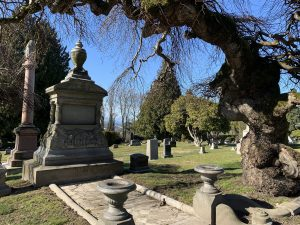 Lakeview Cemetery - Phinney Plot